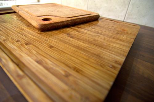 Jak wyczyścić deskę do krojenia