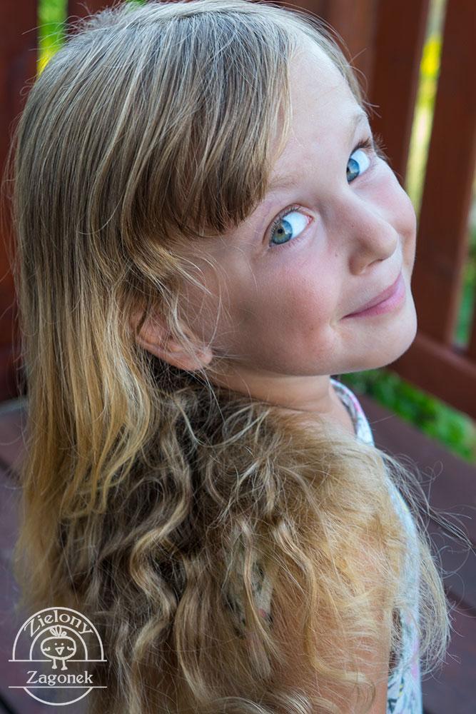 Piękne włosy – naturalne włosy. Jak to zrobić?