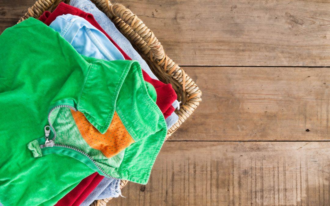 Jak usunąć pleśń z ubrań?